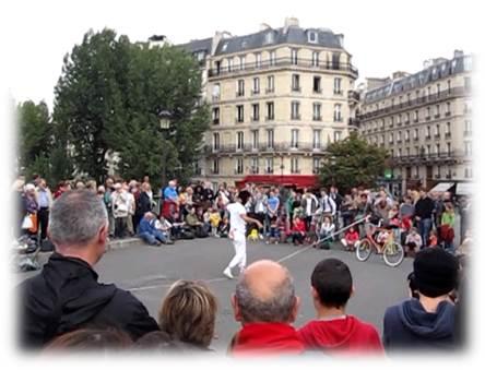 パリ大道芸