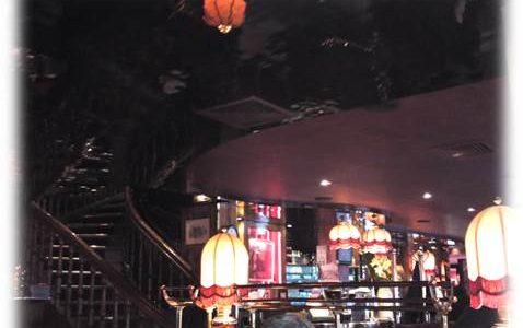 パリモンパルナスの老舗カフェ:ラ・ロトンド