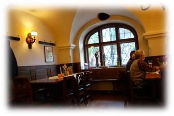 ザルツブルクのレストラン:erimpelstatterで夕食