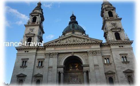 ブダペストのバスに乗って聖イシュトバーン大聖堂へ