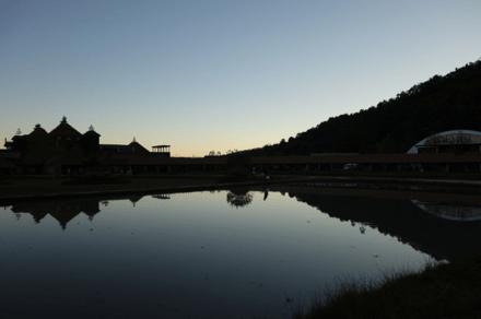 ラコリーナ池
