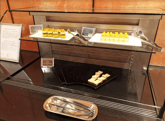 グランドプリンスホテル京都ロイヤルラウンジケーキ