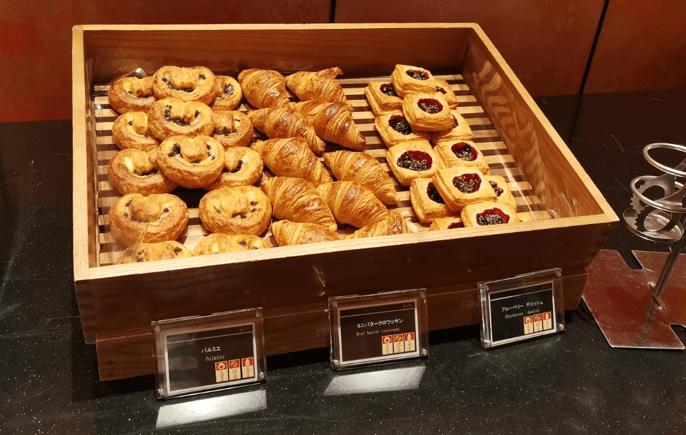 グランドプリンスホテル京都ロイヤルラウンジ朝食パン