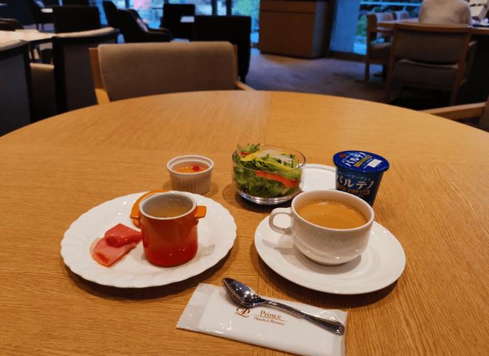 グランドプリンスホテル京都ロイヤルラウンジ朝食口コミレビュー