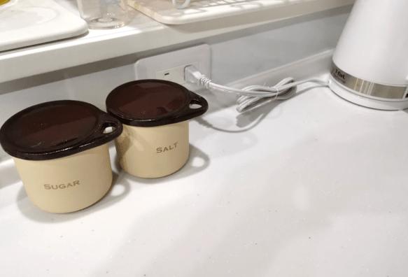 タカラスタンダードキッチングランディアコンセント